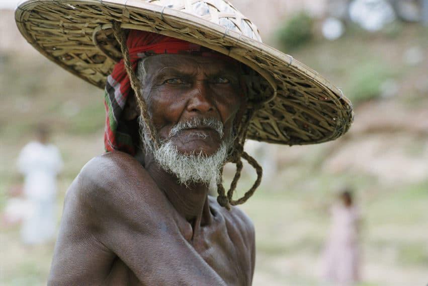 bangladeshi male poor